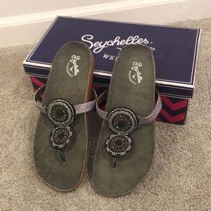 Size 8 Seychelles Weekenders Gemini sandals